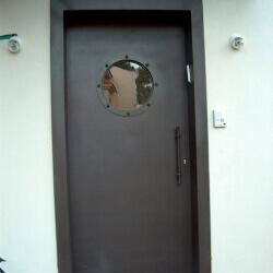 דלת 40
