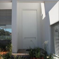 דלת 53