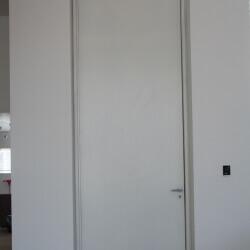 דלת 52